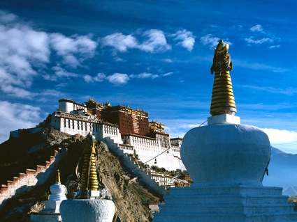 Potala Palace, imposing Tibetan building on hill